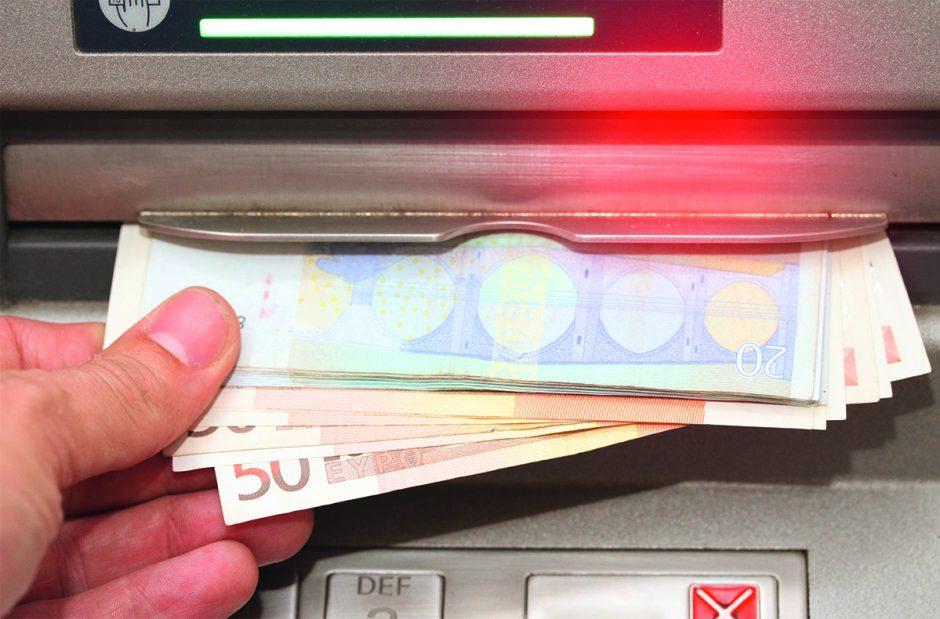 Coronavirus: Kann ich mich am Geldautomaten anstecken?